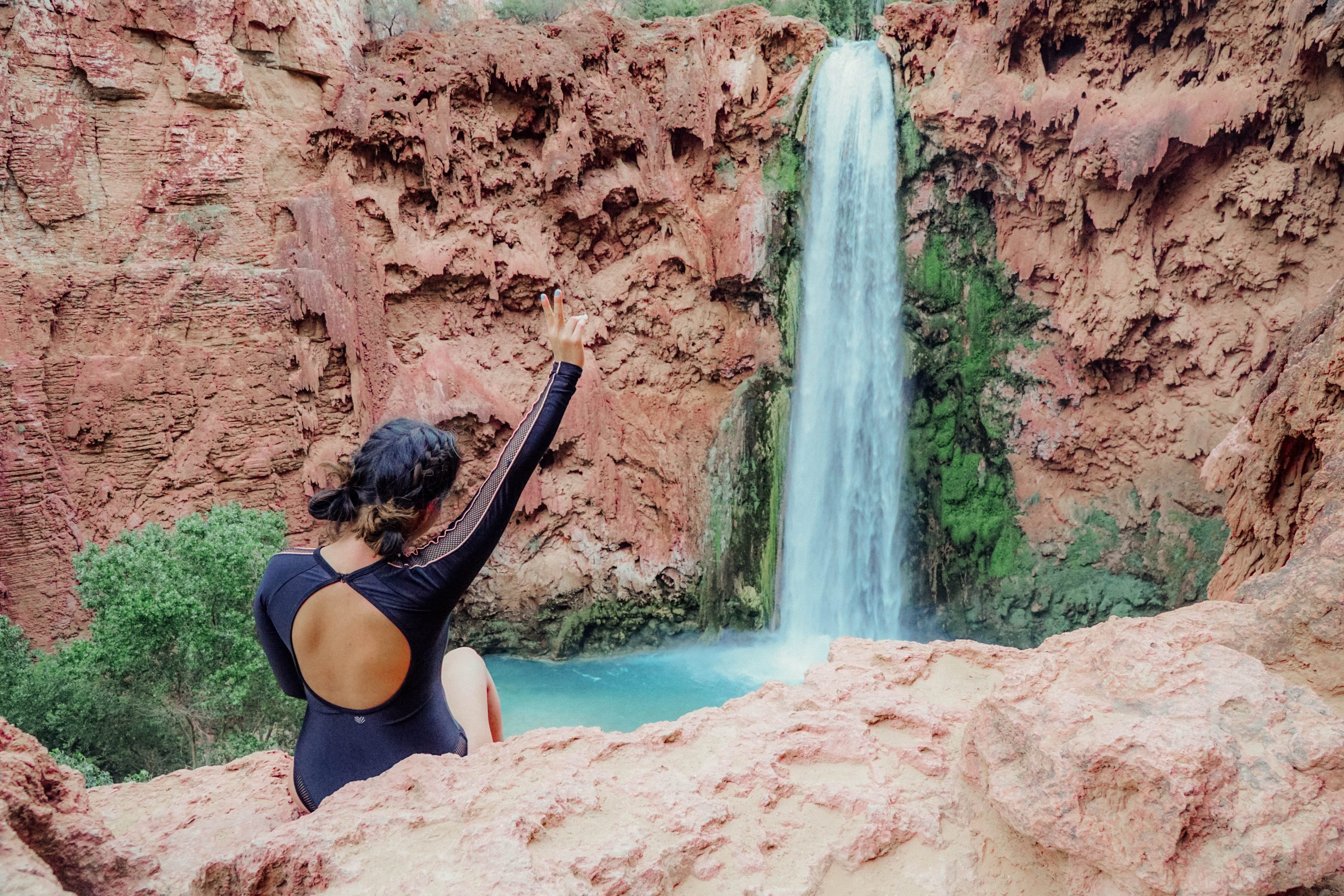 Hiking Havasuapi Falls